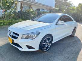 MERCEDES BENZ CLA180 PERFECTO ESTADO