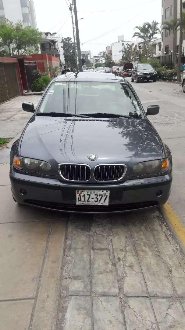 BMW 318i Limousine 0