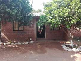 Casa con solar en Villanueva