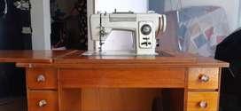 Maquina de coser familiar brother deluxe