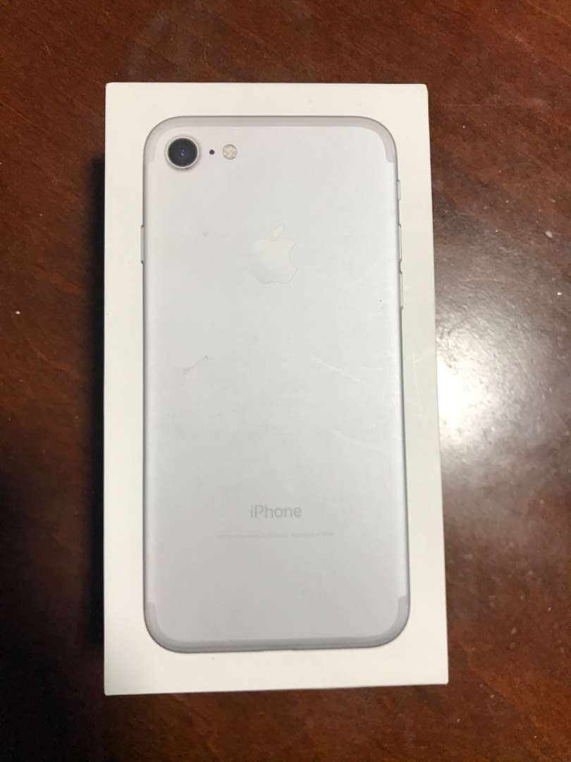 Vendo iPhone 7 0