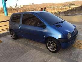 Renault / Twingo .