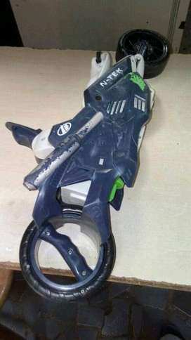 Moto max steel colecciónable