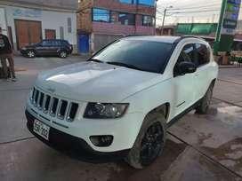 Se vende jeep compass