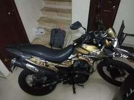 Se vende moto AKT TT 125