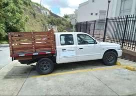 Vendo camioneta doble cabina pública