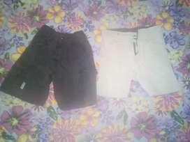 Bermudas beige de vestir y negra