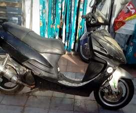 Zanella 125cc. 08 en blanco