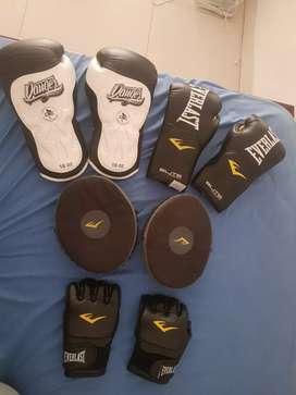 Guantes de boxeo y tay pads