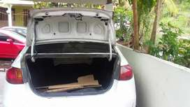 Se vende elantra 2008  a 4500bl negociable