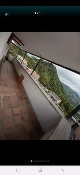 Se arrienda apartamento en Fátima