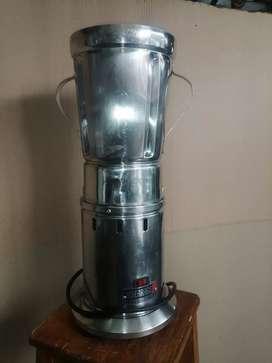 Licuadora Industrial Joserrago, 4 ltrs, 110v