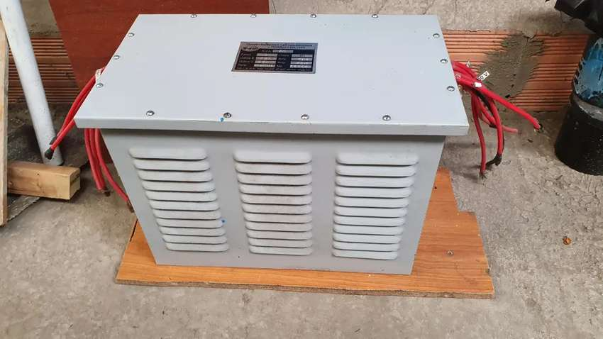 Estabilizador De corriente y trasformador