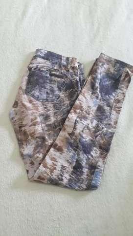 Jeans camuflado ossira