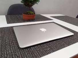 Macbook Air 2015  128gb 4ram Como Nuevo