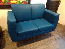 Sofá sala dos puestos en cuero sintético azul