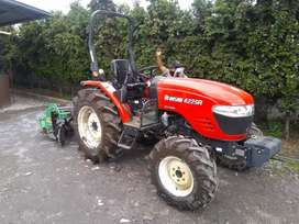 Vendedor/a de tractores agrícolas