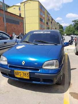Carro Clio BARATO   LLAME  YA