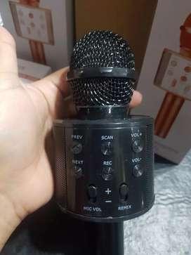Micrófono parlante karaoke