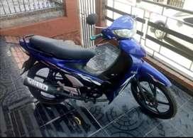 Motocicleta UM Venus 115R modelo 2014