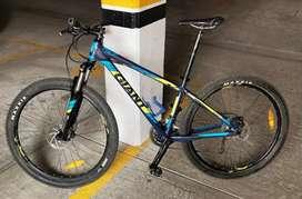 Bicicleta de montaña GIANT