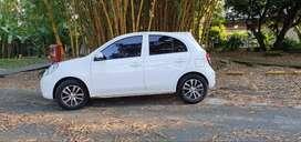 Motivo viaje vendo Nissan March 2013, 116 mil km.