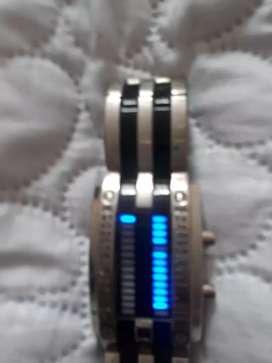 Reloj binario digital