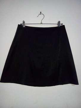 Falda negra talla 10  usado