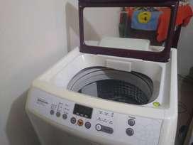 Lavadora sansung digital de 33 libras en buen estado