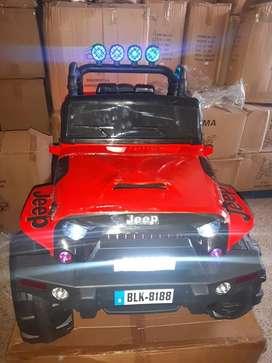 Carro a bateria tipo Jeep