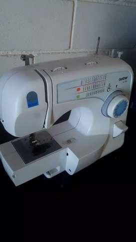 Máquina de coser brother xl 3750