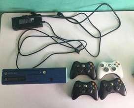 Consola Xbox 360 Elite Original - 4 Controles Originales - 8 Juegos Originales - Kinect + Cargador Originales