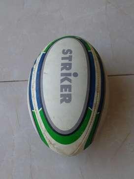Pelota de Rugby Pinchada para Reparar
