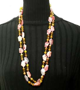 Collar Largo Rosa Ideal para Los Jeans