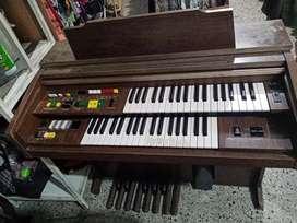 Pianonu organo marca yamaha antiguo