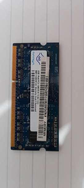 Memoria RAM DDR3 2GB (02 unidades disponibles, $20000 cada una)