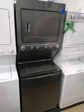 Lavadora secadora frigidaire usada con garantía