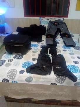 Maleta y vestido completo para Moto Road,como nuevos talla L