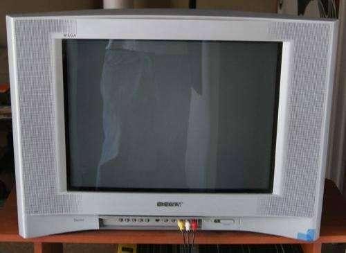 TV SONY 21 STEREO SURROUND PANTALLA  PLANA                      BLACK PERFECTO CONTROL