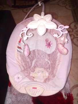 Silla mecedora Marca Fisher price para bebé
