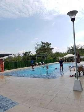 Apartamento campestre, economico, elegante, parqueadero cubierto piscina 3 alcobas