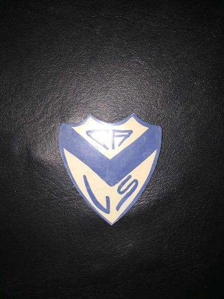 Escudo con Iman de Velez Sarsfield 0