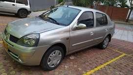 Renault symbol 2005. Buen estado
