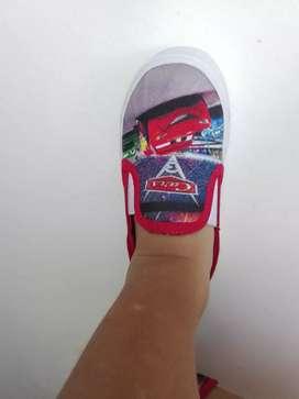 Zapatos para niños estampados