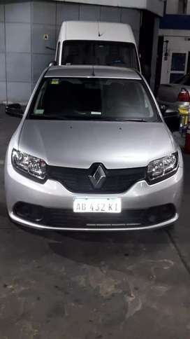 Renault logan authentique plus unico dueño titular con 17500 Reales aire direcc cierre centra airbag alarma