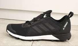 Adidas Terrex Agravic Speed Trail running zapatos talla 9 Hombre 41