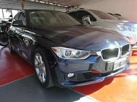 BMW 320i EXECUTIVE AT - 2014