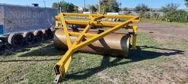 Rodillo apisonador de casi 3.000kg y 2.80 de ancho - Juan Mendizabal