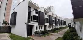 Vende Casa Esquinera en Pinares Pereira