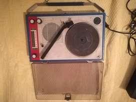 Usado, Antiguo radio tocadiscos portatil segunda mano  Godoy Cruz, Mendoza